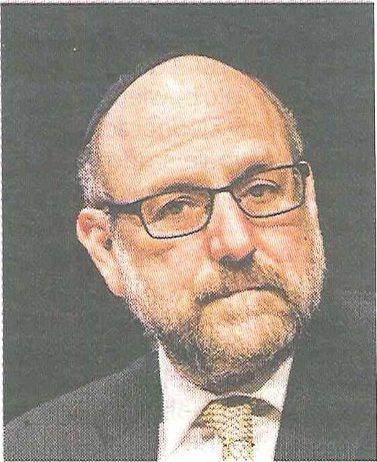 Rabin Michael Schudrich w środowisku żydowskich rabinów, znawców prawa i teologii, ma co najwyżej rangę zwykłego wiejskiego plebana.