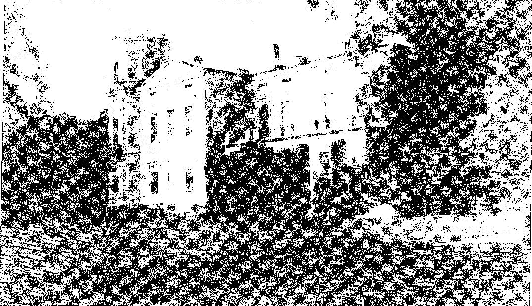 Biała Waka. Elewacja ogrodowa pałacu, przed 1939 r.